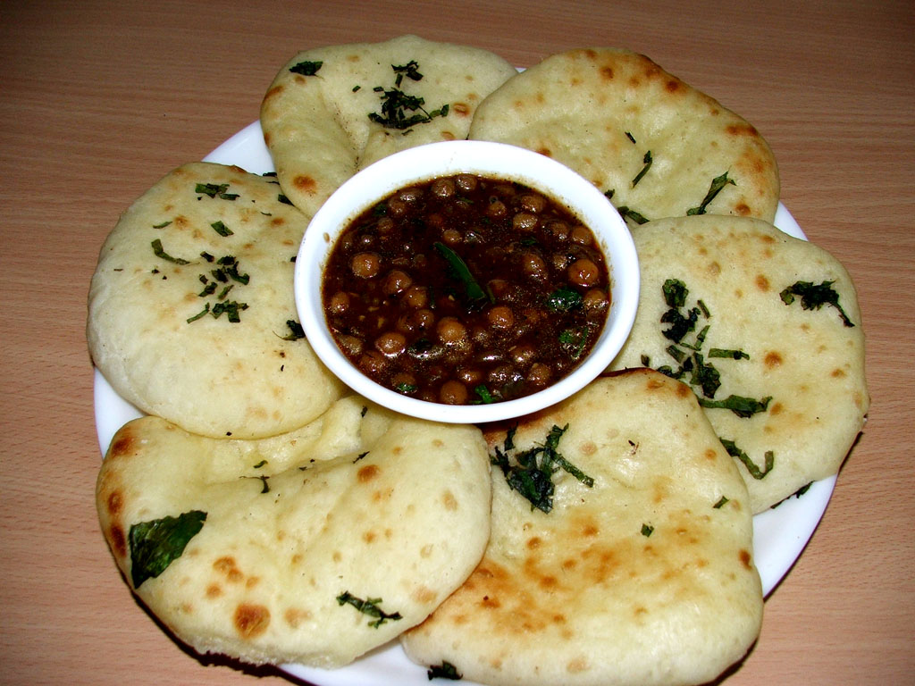 Channa Chole served with the bread naan.