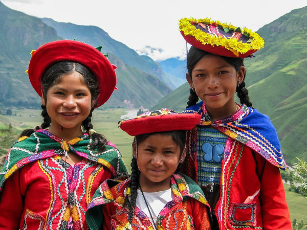 Andean girls from Peru