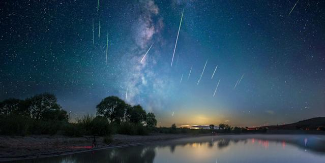 Orionid meteor shower 2021 during hunter's moon